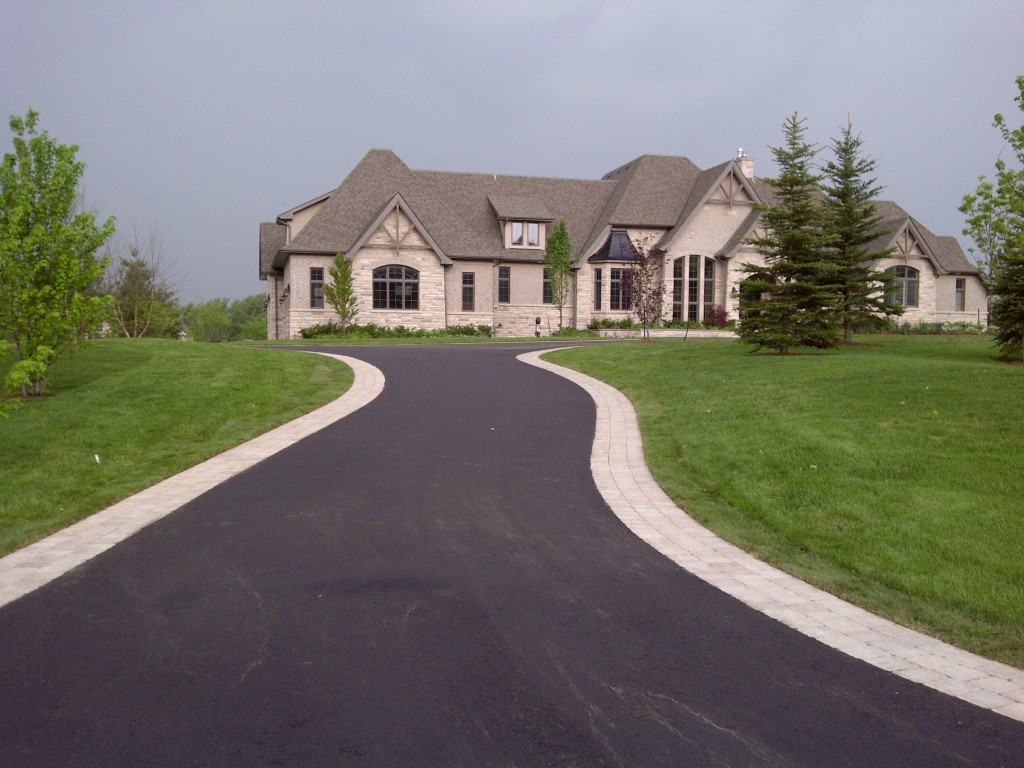 Paving Contractors - Hollywood – Pickering, ON